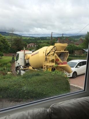 concrete mixer arriving 2