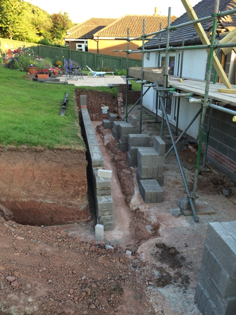 New retaining wall