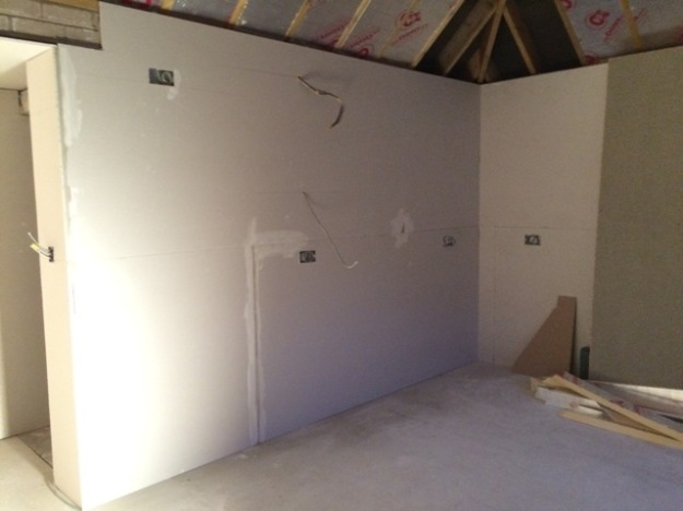 back-right-kitchen-corner-now-plasterboarded