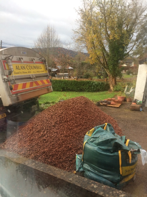 delivery-of-chippings-10-tons-for-bottoming-under-new-patio-dumped-on-drive