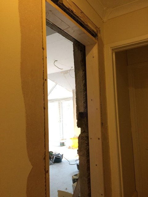 doorway-knocked-through-to-kitchen