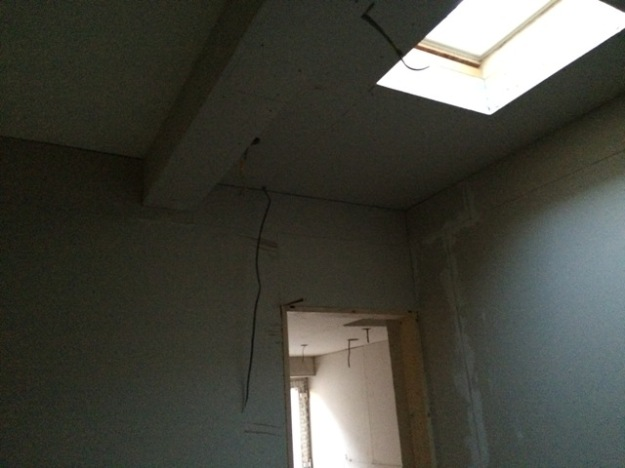 plasterboarding-new-bathroom-beam-boxed-in