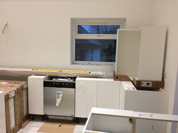 base-kitchen-units-going-into-place