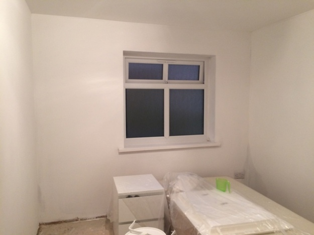 new-small-bedroom-with-first-coat-of-paint