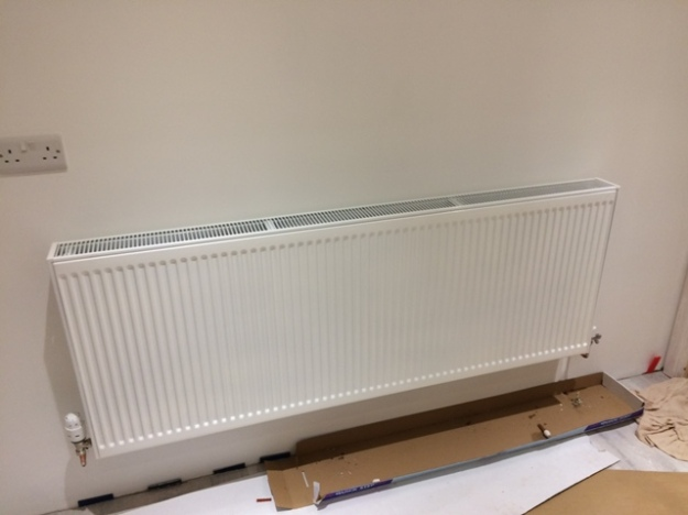2nd-radiator-on-back-wall-of-kitchen