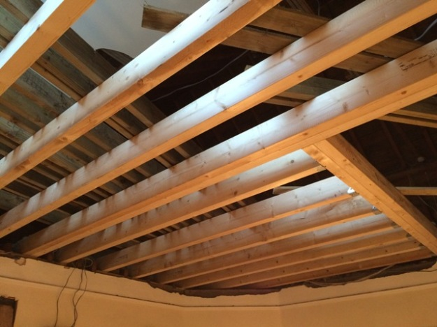bedroom-beams-all-going-into-place