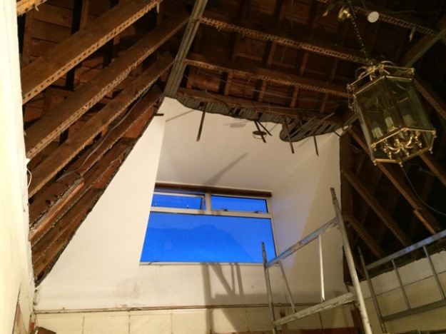 ceiling-removed-from-old-vaulted-hallway-2