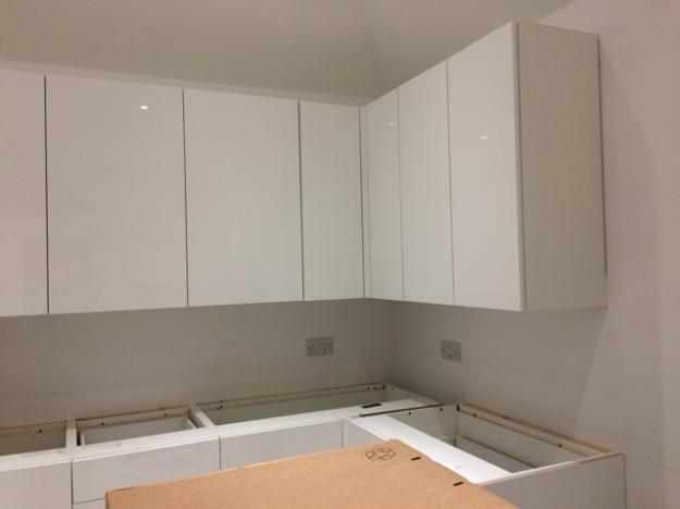 high-gloss-wall-cabinets