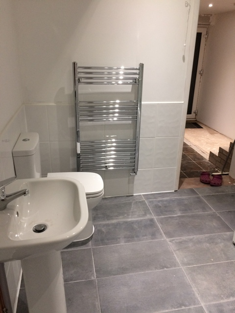 new-bathroom-and-towel-rail