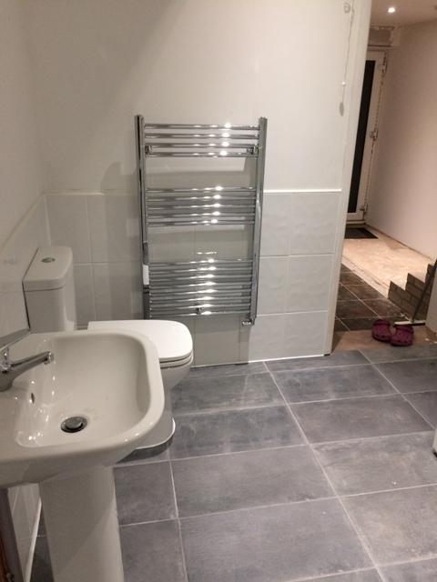new-bathroom-and-towel-rail