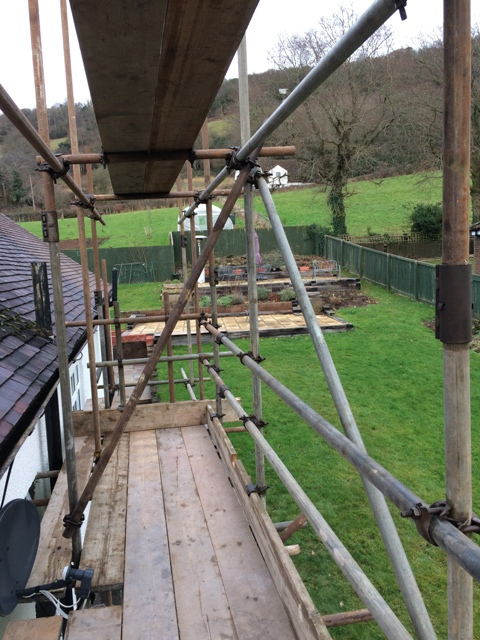 scaffolding-at-right-side-and-satellite-dish