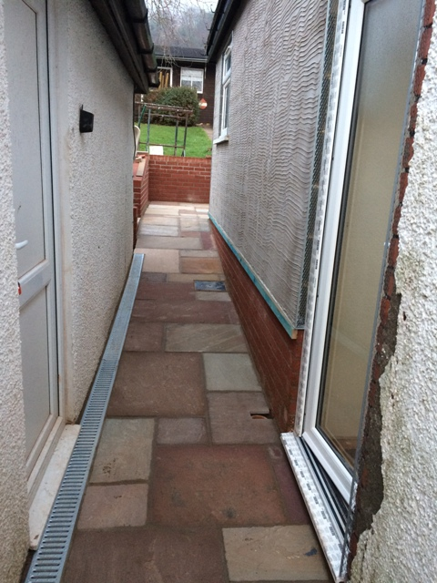 walkway-up-between-garage-and-new-kitchen-slabs-have-been-jointed-filled-between-each-slab