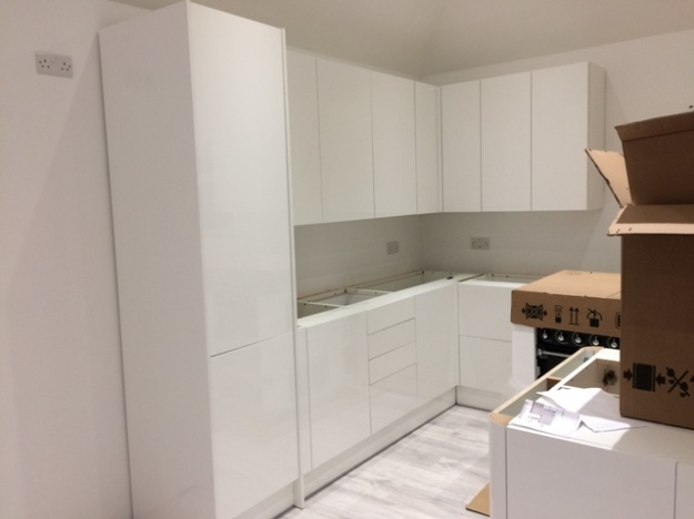 wall-units-and-base-units-now-fitted-measurements-can-now-be-taken-for-worktops