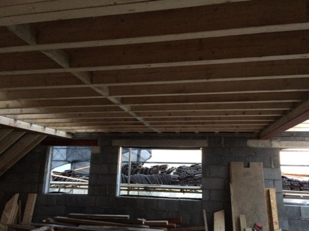 flat-roof-from-inside