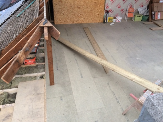 flooring-completed-on-left-side