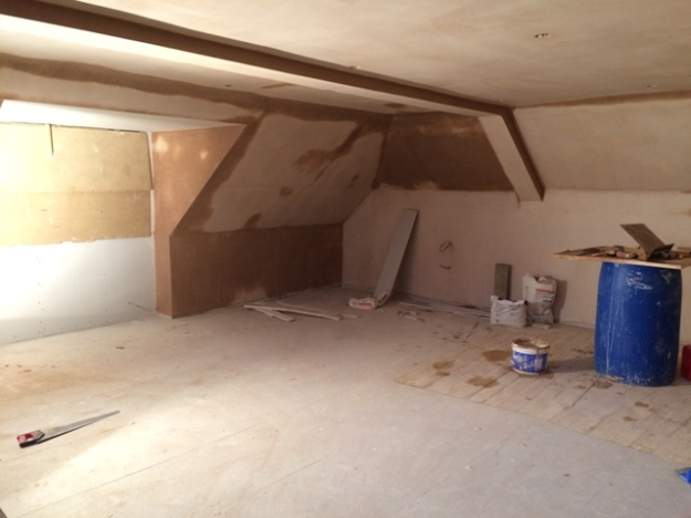bedroom-and-the-progress-with-the-plastering