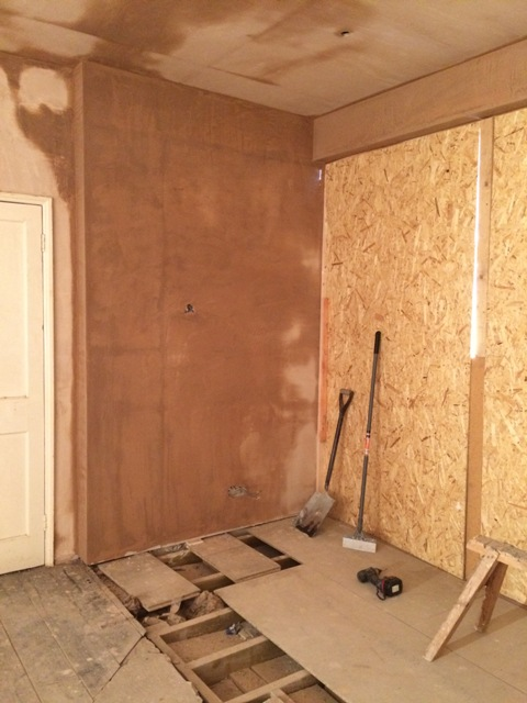 More plastered wall in new sun lounge