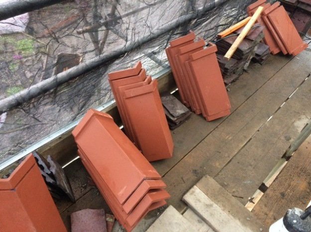 ridge-tiles-on-scaffolding