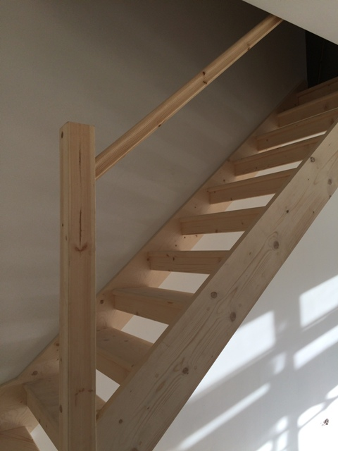 Side of staircase - no spindles yet