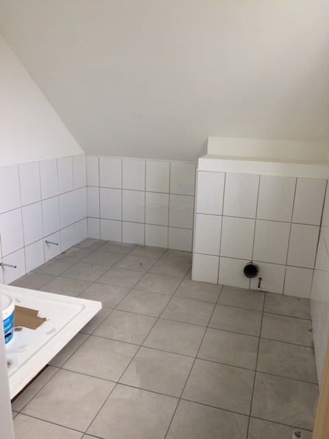 Upstairs bathroom tiling finished today and grouted